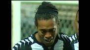 Роналдиньо се разплака след негов супер гол !