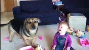 Не зная кой от двамата е по-смешен !