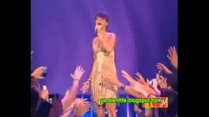 Rihanna - Take A Bow (live At Fnmtv)HQ