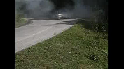 Nissan - Палене На Гуми