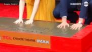 Раян Гослинг и Ема Стоун с отпечатъци на Алеята на славата