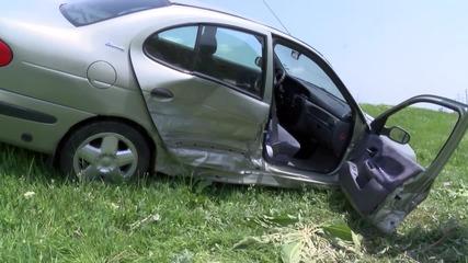 Жена пострада тежко при катастрофа край Шипка