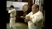 Kyokushin Karate - Mas Oyamas warm-up