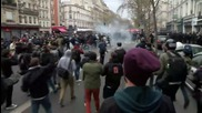 France: Police charge protesters at Paris rally against labour reforms