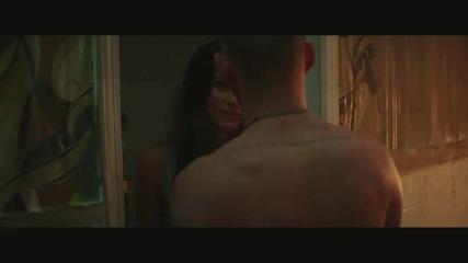 *hq* Премиера Eminem - Love The Way You Lie ft. Rihanna official music video +превод!!!