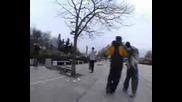 Бой на скейтъри пред Ндк