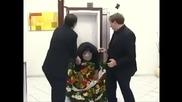 Смях - Мъртвец в асансьор - Изключително страшна шега Скрита камера
