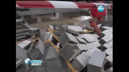 12 души са ранени при преминаването на торнадо през Италия