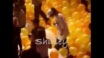 Тх Си Играят С Балони