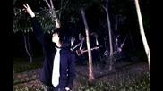 Whiteblack - Moon Is Dead