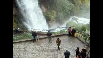 Водопадът В Едеса - Гърция