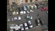 Как Най Лесно Се Паркирва Кола С Водач Жена