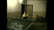 Момиченце На 3.5 Г. Играе Тенис
