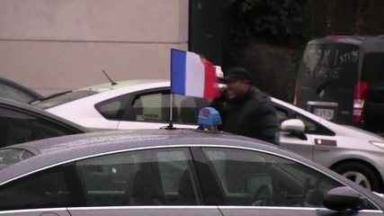 France: Anti-Uber protests continue as taxi strike enters second day