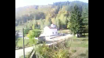 Влакът Пътува През Живописната Стара Пл.