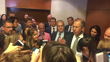 Switzerland: Lavrov gives informal press conference during wait for Kerry