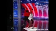 Nick Cannon Dancing on America's Got Talent 2011