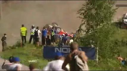 Crash mayhem in Ss4 Hassi Wrc Rally Finland 2011
