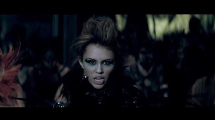 * Превод * Miley Cyrus - Can`t Be Tamed (high quality)