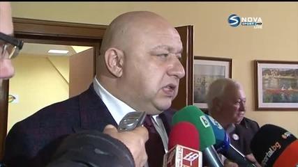 Министър Кралев: Някои хора казват - не искаме акъл, дайте ни пари