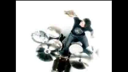 Текст !! Korn - Coming undone official video + Lyrics