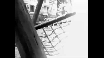 Gruka - Cvete Sreshtu Stursheli (feat Duky, Miss Lara & Satanas) + Text ( Hq 2010 )