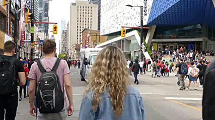 Canada: Emergency services respond to shooting at Toronto Raptors parade