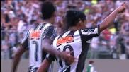 Прекрасен гол от пряк свободен удар на Роналдиньо!