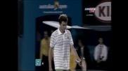 Федерер едва се измъкна срещу Симон – 3:2 сета