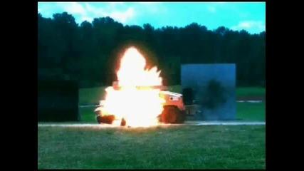 Rpg vs. Hummer (active Protect Sistem Железен юмрук)