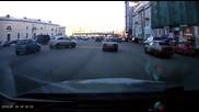 Рускиня изуми света с това паркиране