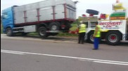 Пътна помощ Автокомплекс Димитров за аварирал камион Scania със скъсан мост 29.07.2014