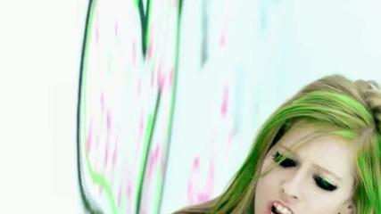 Avril Lavigne-smile