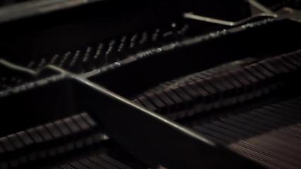 Alyssa Reid feat P. Reign - Alone Again Official Music Video