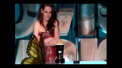 Кристен и Робърт печелят Най - добра целувка на Mtv Movie Awards 2011