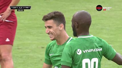 Шедьовър на Битон направи резултата 4:0 за Лудогорец срещу Триглав
