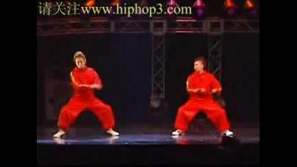 Japan Dance Delight 2005 2nd [popping].flv