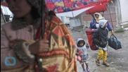 Thousands Flee Indonesia Volcano