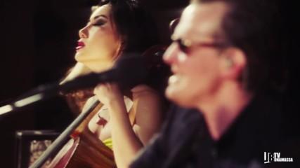 Joe Bonamassa & Tina Guo - Woke Up Dreaming ( Live)