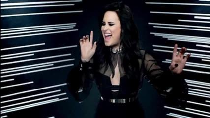 Demi L. - Heart Attack