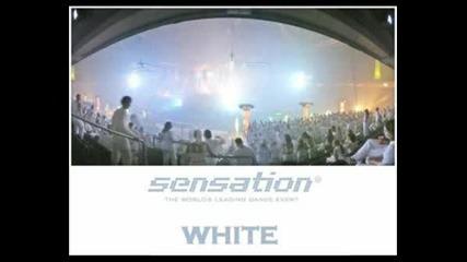 Sensation Black & White