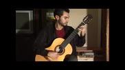 Китарист Свири Мелодията На Супер Марио
