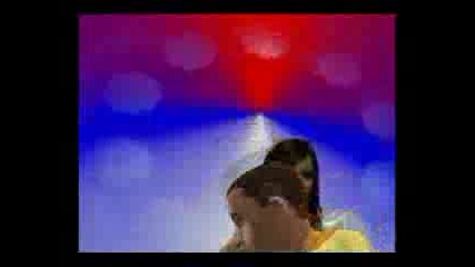 Rihanna - Umbrella (cinderella)sims 2