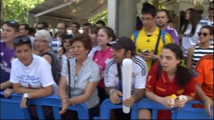 Фенове на Реал Мадрид поискаха оставката на президента Перес