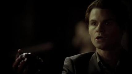 The Vampire Diaries S03e12 – The Ties That Bind - Elijah is back