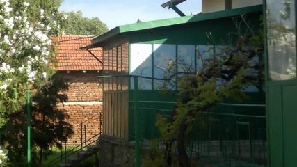 Филиповци три къщи в един двор 7