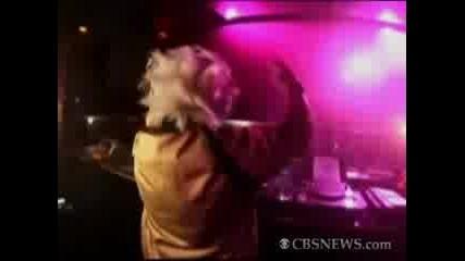 Баба Dj разбива клубовете в Париж
