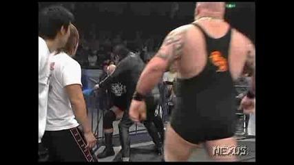 Кърт Енгъл Срещу Гиганта Бернард - New Japan Pro Wrestling 02.15.09 [ High Quality ]