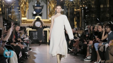 Stella Flowing and Faux-furry at Paris Fashion Week