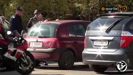 Шофьори се бият с бухалки в София
